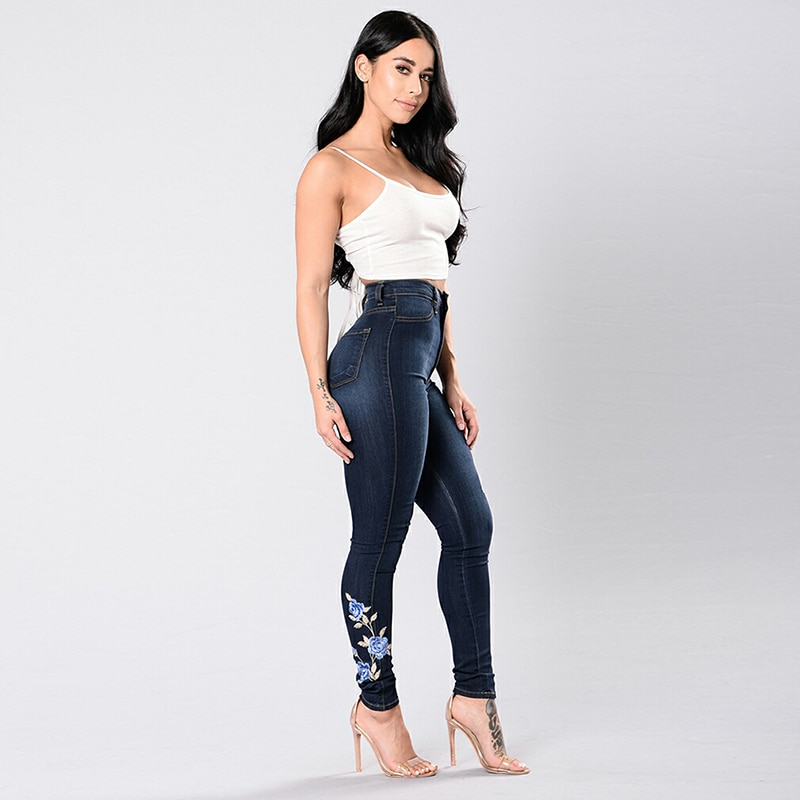 Blue Rose Embroidered Denim Jeans  2