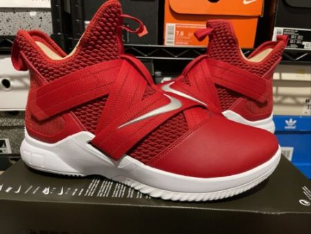 Nike Men's Lebron Soldier 12 Leather Basketball Shoes Red Size 13